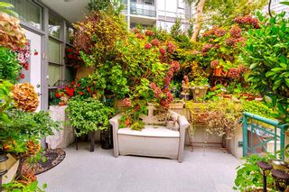"""Photo 30: 3F 1067 MARINASIDE Crescent in Vancouver: Yaletown Townhouse for sale in """"Quaywest"""" (Vancouver West)  : MLS®# R2551534"""