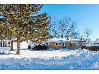 Photo 1: 18 OAKVIEW AVENUE in Ottawa: House for sale : MLS®# 1138366