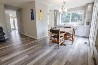 Photo 7: 24 Coachway Green SW in Calgary: Coach Hill Row/Townhouse for sale : MLS®# A1104483