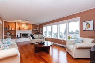 Photo 3: 8850 Moresby Park Terr in NORTH SAANICH: NS Dean Park House for sale (North Saanich)  : MLS®# 780144
