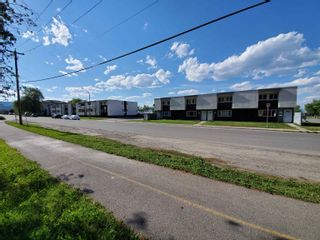 Photo 5: 18 15TH Avenue in No City Value: Out of Town Multi-Family Commercial for sale : MLS®# C8040509