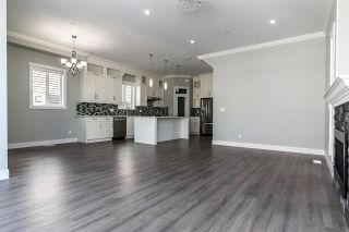 Photo 7: 36061 EMILY CARR Green in Abbotsford: Abbotsford East House for sale : MLS®# R2266462