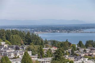"""Photo 2: 1301 1473 JOHNSTON Road: White Rock Condo for sale in """"Miramar Towers"""" (South Surrey White Rock)  : MLS®# R2174785"""