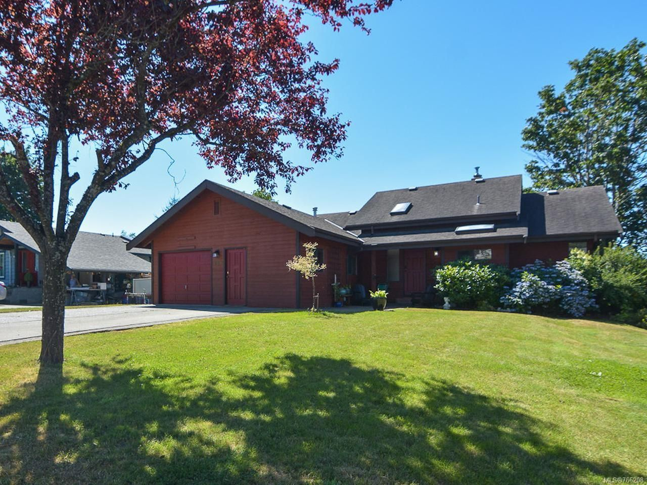 Main Photo: 739 Eland Dr in CAMPBELL RIVER: CR Campbell River Central House for sale (Campbell River)  : MLS®# 766208