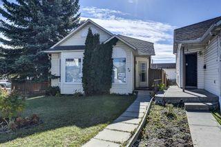 Photo 2: 94 Hunterhorn Crescent NE in Calgary: Huntington Hills Detached for sale : MLS®# A1151646