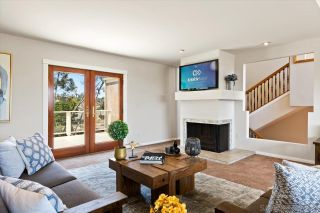 Photo 9: BAY PARK House for sale : 4 bedrooms : 3636 Mount Laurence Dr in San Diego