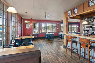 Photo 8: 647 School Road in Gibsons: Gibsons & Area Business for sale (Sunshine Coast)  : MLS®# C8031890