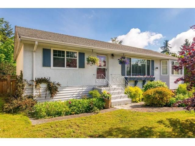 Main Photo: 15623 18th Ave in South Surrey: King George Corridor House for sale (South Surrey White Rock)  : MLS®# R2369500