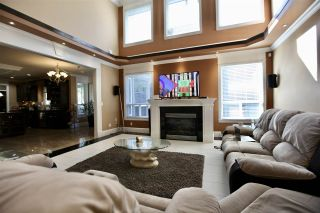 """Photo 11: 17468 103A Avenue in Surrey: Fraser Heights House for sale in """"Fraser Heights"""" (North Surrey)  : MLS®# R2557155"""