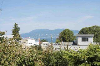 "Photo 14: 304 2255 YORK Avenue in Vancouver: Kitsilano Condo for sale in ""BEACH HOUSE"" (Vancouver West)  : MLS®# R2301531"