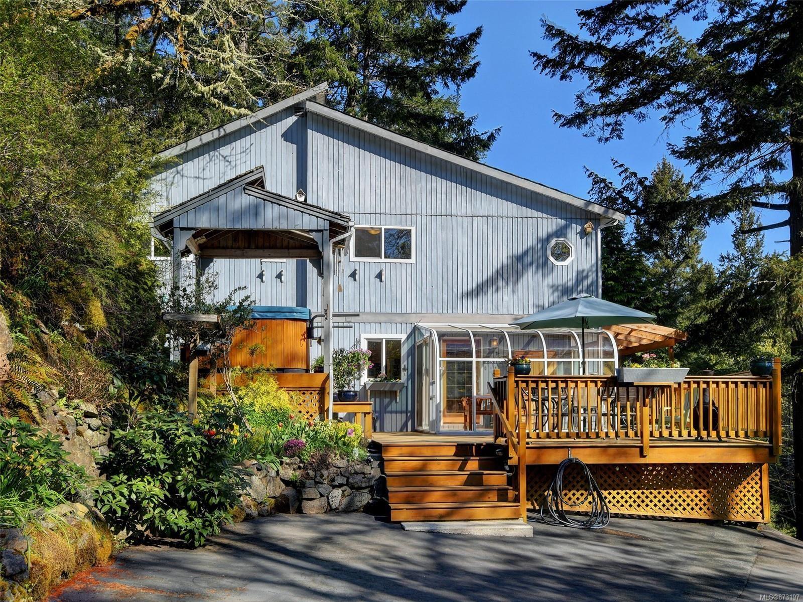 Main Photo: 1071 Brookview Dr in : Me Metchosin House for sale (Metchosin)  : MLS®# 873197