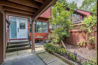 """Photo 4: 4687 GARDEN GROVE Drive in Burnaby: Greentree Village Townhouse for sale in """"Greentree Village"""" (Burnaby South)  : MLS®# R2589721"""