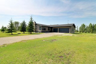Photo 2: 8 Pleasant Range Place NE in Rural Rocky View County: Rural Rocky View MD Detached for sale : MLS®# A1129975