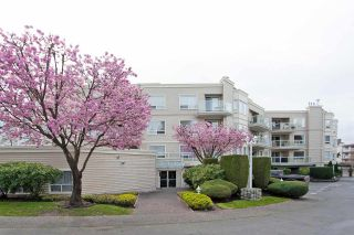 "Photo 24: 306 9295 122 Street in Surrey: Queen Mary Park Surrey Condo for sale in ""Kensington Gardens"" : MLS®# R2574606"