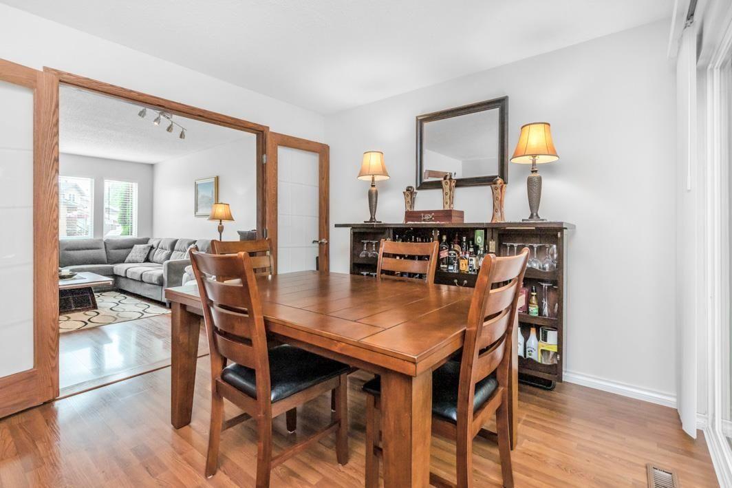 "Photo 12: Photos: 11891 CHERRINGTON Place in Maple Ridge: West Central House for sale in ""WEST MAPLE RIDGE"" : MLS®# R2600511"