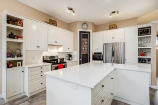 Photo 6: 582 Fairways Crescent NW: Airdrie Detached for sale : MLS®# A1143873