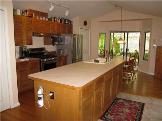Photo 3: 20115 PATTERSON Avenue in Maple Ridge: Southwest Maple Ridge House for sale : MLS®# V1136191