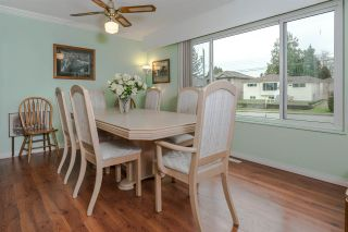 "Photo 4: 8229 18TH Avenue in Burnaby: East Burnaby House for sale in ""EAST BURNABY"" (Burnaby East)  : MLS®# R2045815"