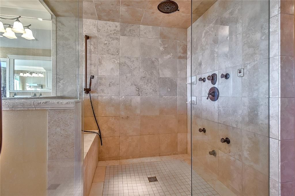 Photo 29: Photos: 153 SIGNATURE Close SW in Calgary: Signal Hill Detached for sale : MLS®# C4283177