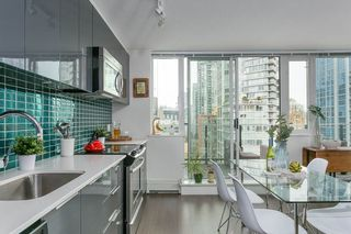 """Photo 6: 1106 1325 ROLSTON Street in Vancouver: Downtown VW Condo for sale in """"THE ROLSTON"""" (Vancouver West)  : MLS®# R2265814"""