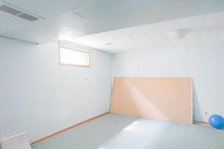 Photo 11: 1160 Warsaw Avenue in Winnipeg: Single Family Detached for sale (1Bw)  : MLS®# 202009235