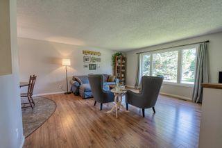 Photo 2: 21 Peters Street in Portage la Prairie RM: House for sale : MLS®# 202115270