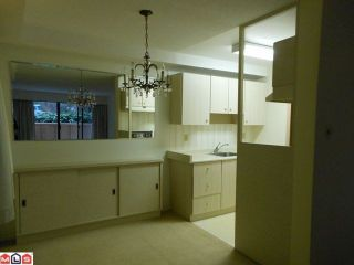 "Photo 3: # 115 15020 N BLUFF RD: White Rock Condo for sale in ""North Bluff Village"" (South Surrey White Rock)  : MLS®# F1200400"
