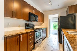 """Photo 9: 302 3240 ST JOHNS Street in Port Moody: Port Moody Centre Condo for sale in """"THE SQUARE"""" : MLS®# R2577268"""