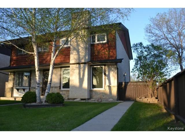 Main Photo: 82 CHARTER Drive in WINNIPEG: Maples / Tyndall Park Residential for sale (North West Winnipeg)  : MLS®# 1412559