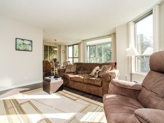 """Photo 4: 701 1265 BARCLAY Street in Vancouver: West End VW Condo for sale in """"1265 Barclay"""" (Vancouver West)  : MLS®# R2089582"""