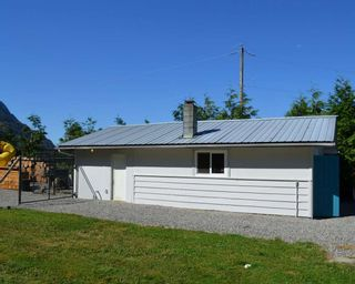 Photo 8: 58458 MCKAY Road in Laidlaw: Hope Laidlaw House for sale (Hope)  : MLS®# R2103703