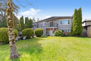 Photo 1: 6245 180A Street in Surrey: Cloverdale BC House for sale (Cloverdale)  : MLS®# R2555618