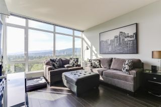Photo 2: 1603 2789 SHAUGHNESSY Street in Port Coquitlam: Central Pt Coquitlam Condo for sale : MLS®# R2377544