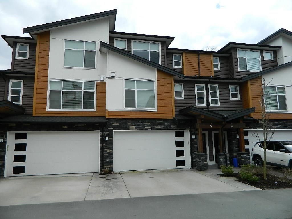 "Main Photo: 14 46570 MACKEN Avenue in Chilliwack: Chilliwack N Yale-Well Townhouse for sale in ""Parkside Place"" : MLS®# R2562429"