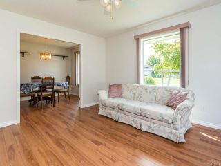 Photo 14: 2001 VALLEY VIEW DRIVE in COURTENAY: CV Courtenay East House for sale (Comox Valley)  : MLS®# 770574