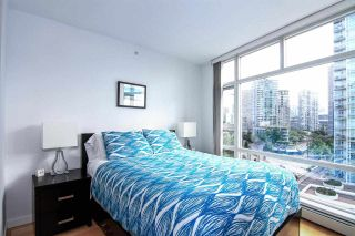 "Photo 8: 1005 189 DAVIE Street in Vancouver: Yaletown Condo for sale in ""Aquarius III"" (Vancouver West)  : MLS®# R2106888"