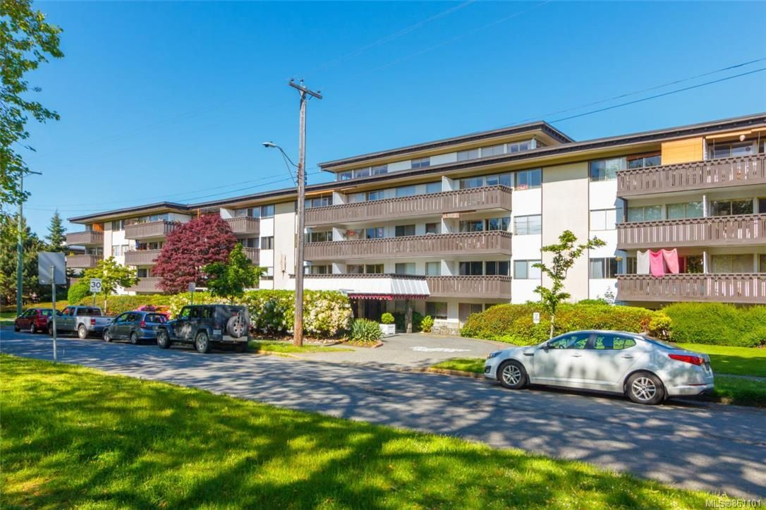 Main Photo: 210 964 Heywood Ave in : Vi Fairfield West Condo for sale (Victoria)  : MLS®# 861101