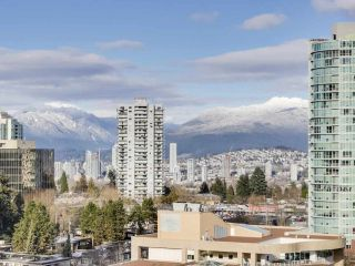 "Photo 17: 907 6383 MCKAY Avenue in Burnaby: Metrotown Condo for sale in ""Gold House"" (Burnaby South)  : MLS®# R2532723"