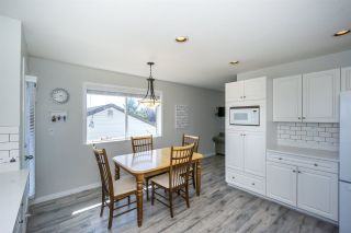 "Photo 13: 1155 PARKER Street: White Rock House for sale in ""East beach"" (South Surrey White Rock)  : MLS®# R2254412"