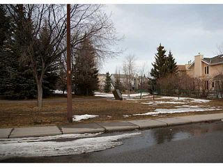 Photo 20: 188 WOODFORD Close SW in CALGARY: Woodbine Residential Detached Single Family for sale (Calgary)  : MLS®# C3558183