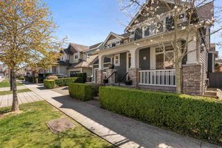 """Photo 37: 17276 1 Avenue in Surrey: Pacific Douglas House for sale in """"SUMMERFIELD"""" (South Surrey White Rock)  : MLS®# R2567423"""