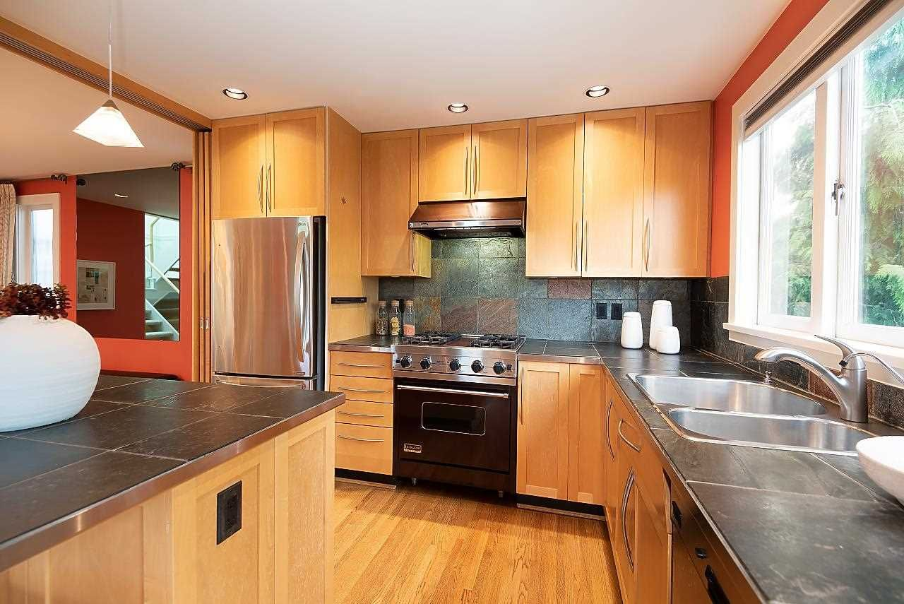 Photo 14: Photos: 1978 WHYTE Avenue in Vancouver: Kitsilano 1/2 Duplex for sale (Vancouver West)  : MLS®# R2586972