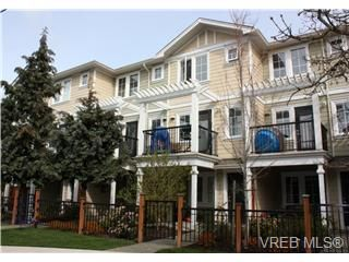 Main Photo: 111 820 Brock Avenue in Victoria: La Langford Proper Townhouse for sale (Langford)  : MLS®# 275442