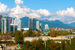 "Photo 7: 509 1919 WYLIE Street in Vancouver: False Creek Condo for sale in ""MAYNARDS BLOCK"" (Vancouver West)  : MLS®# R2401456"