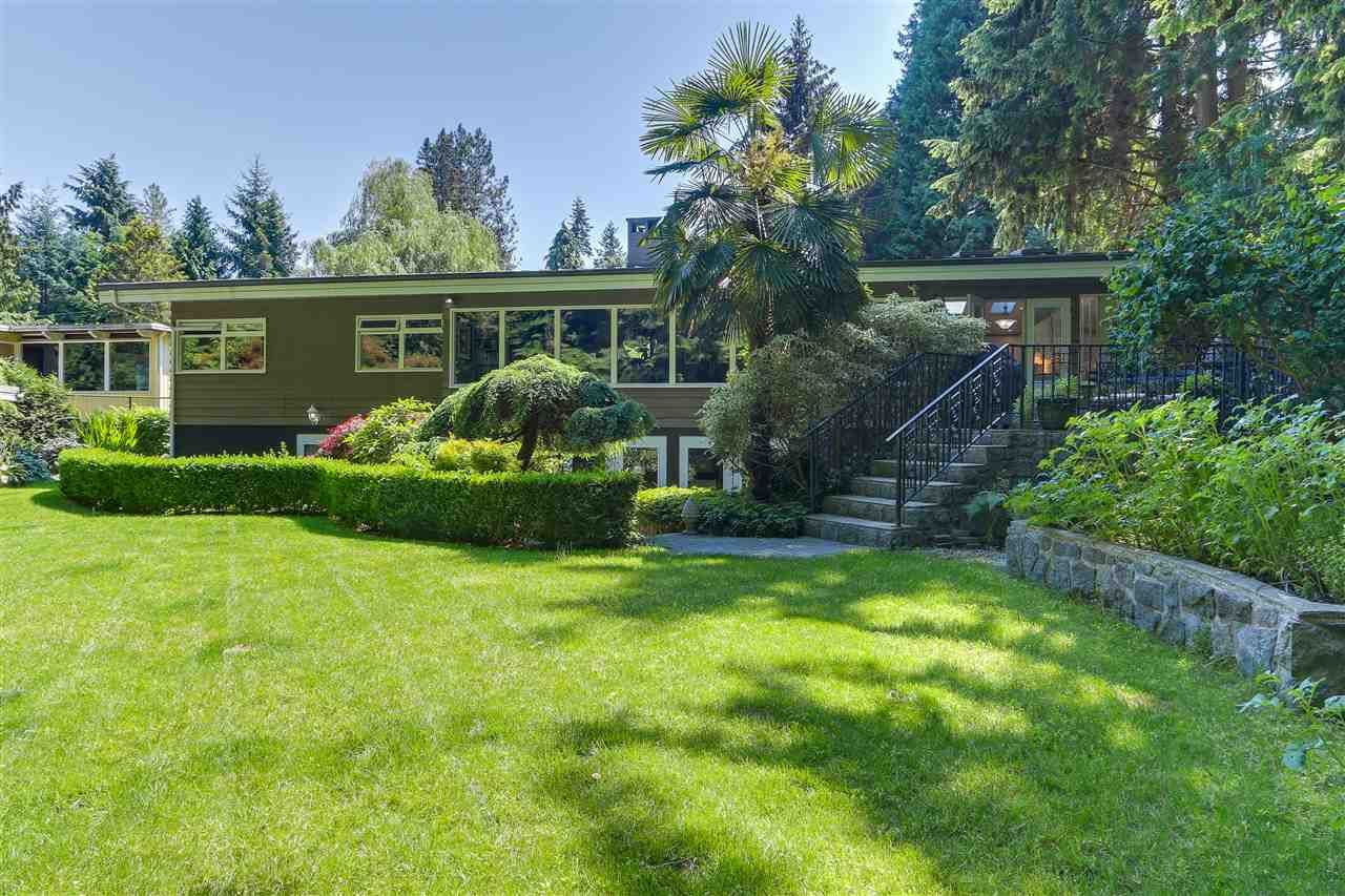 Main Photo: 815 BURLEY Drive in West Vancouver: Sentinel Hill House for sale : MLS®# R2333274