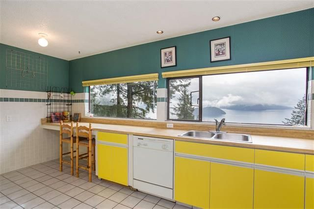 Photo 11: Photos: 405 TIMBERTOP DRIVE in West Vancouver: Lions Bay House for sale : MLS®# R2358443