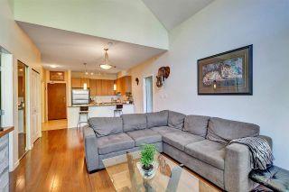 Photo 9: 403 15322 101 Avenue in Surrey: Guildford Condo for sale (North Surrey)  : MLS®# R2590338