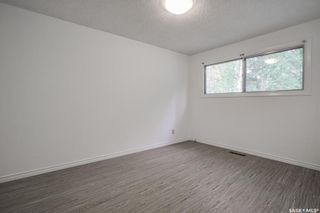 Photo 11: 44 Kirk Crescent in Saskatoon: Greystone Heights Residential for sale : MLS®# SK860954