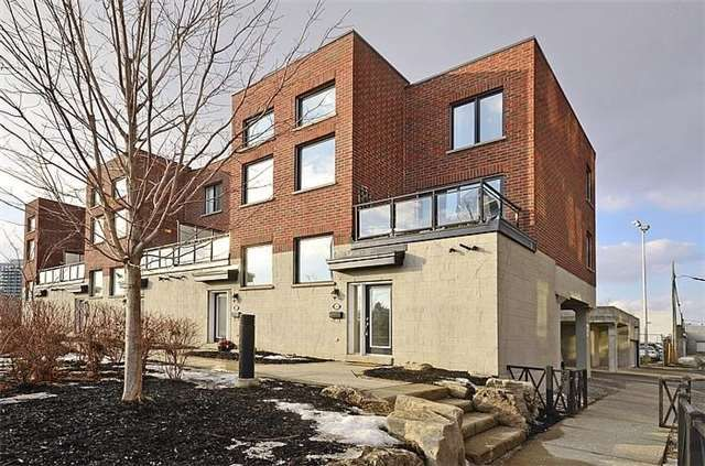 Main Photo: 132 60 Broadview Avenue in Toronto: South Riverdale Condo for lease (Toronto E01)  : MLS(r) # E3812665