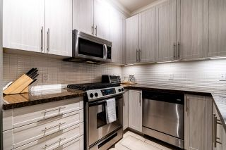 "Photo 14: 2 6878 SOUTHPOINT Drive in Burnaby: South Slope Townhouse for sale in ""Cortina Townhomes"" (Burnaby South)  : MLS®# R2487318"